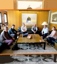 reunion-personas-mayores-45-sin-empleo
