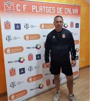 Jose A Peri entrenador Platges infantil
