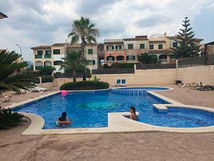 casa-piscina2