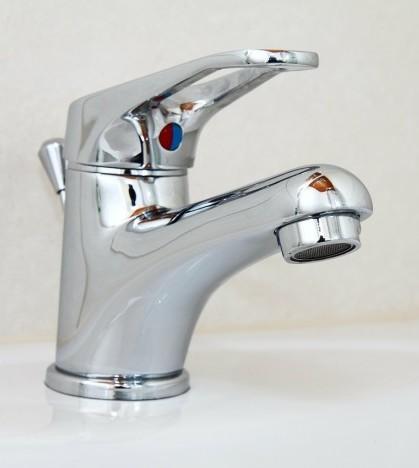 El PSOE quiere garantizar un servicio de abastecimiento de agua de calidad.