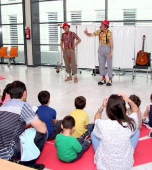 La Escuela de Atopía de Son Espases enseña a los niños y niñas a tratar su dermatitis atópica